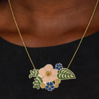 Flowers wooden necklace